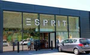 Photo de la façade du magasin Esprit